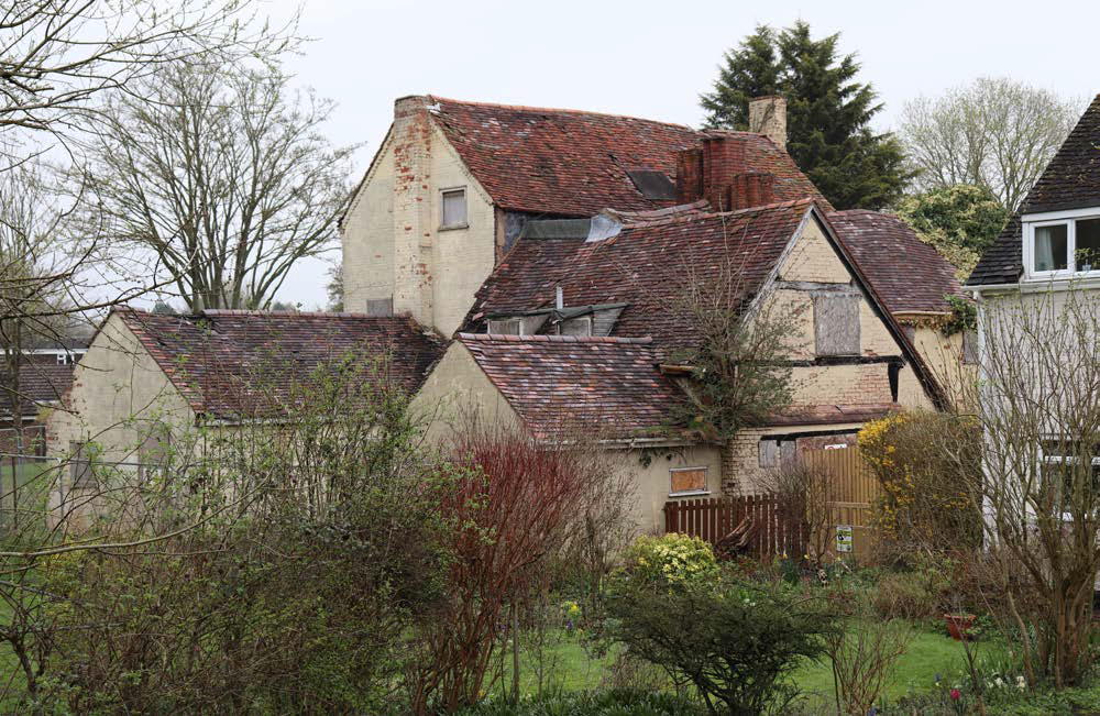 image-Willow Court Farmhouse 2.png